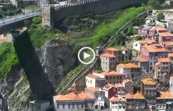 Atração turística! Funicular dos Guindais, Porto!