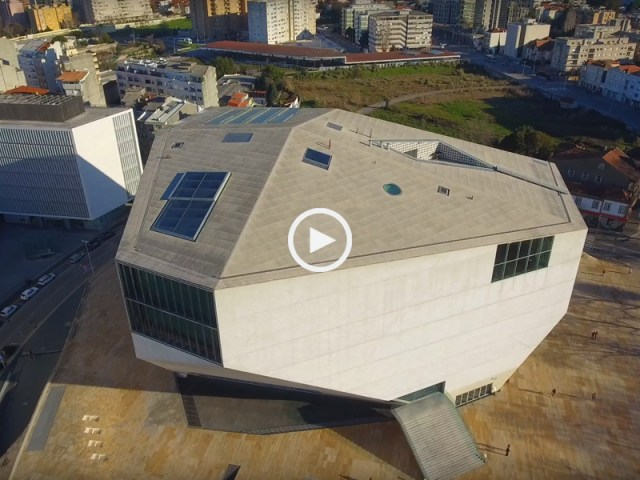 Fantástica Casa da Música, por dentro e por fora