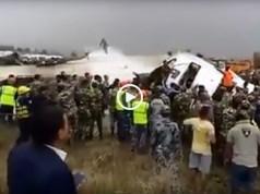 Acidente com avião no Nepal. Há sobreviventes
