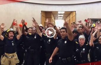Dança de polícias torna-se viral