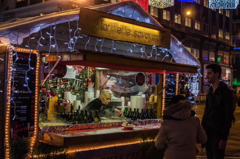 Pokud se vám bude chtít vyrazit na vánoční trhy jinam než do Drážďan či do Vídně, zkuste třeba vánoční Brusel. Místní trhy patří k těm nejhezčím v Evropě.