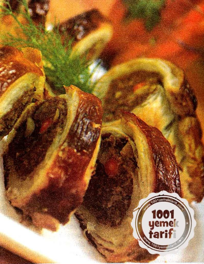 Nefis Kofteli Borek Tarifi-Kofteli Borek Nasil yapilir-kalori ve besin degeri-resimli yemek tarifleri-kac kalori besin degeri