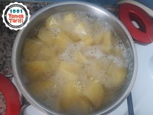 Haşlanmış Patatesli Köfte Tarifi