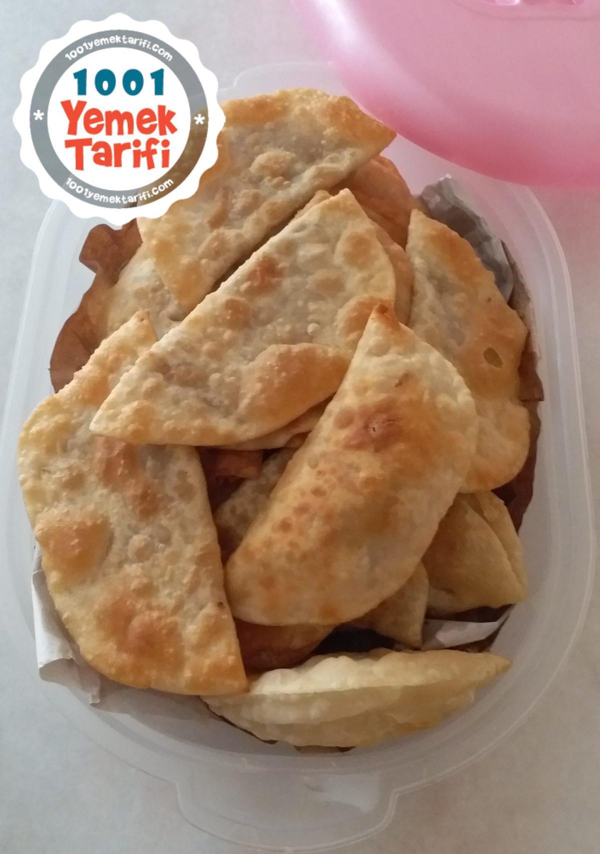 Çi Börek Tarifi- çiğ börek nasıl yapılır-kaç kalori