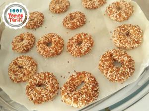 Pastane Usulü Tuzlu Kurabiye Tarifi-nasıl yapılır-ev yapımı kurabiye yapımı-kaç kalori