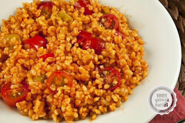 Nefis Meyhane Pilavı Tarifi (kaç kalori ve besin değeri)