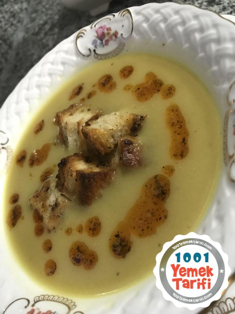 Sütlü Soğan Çorbası tarifi Nasıl Yapılır-yapımı-kaç kalori-resimli