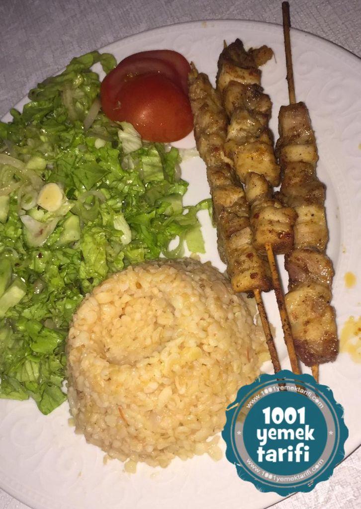 Bulgur pilavı ve tavuk sis tarifi menusu yapimi-1001yemektarifi