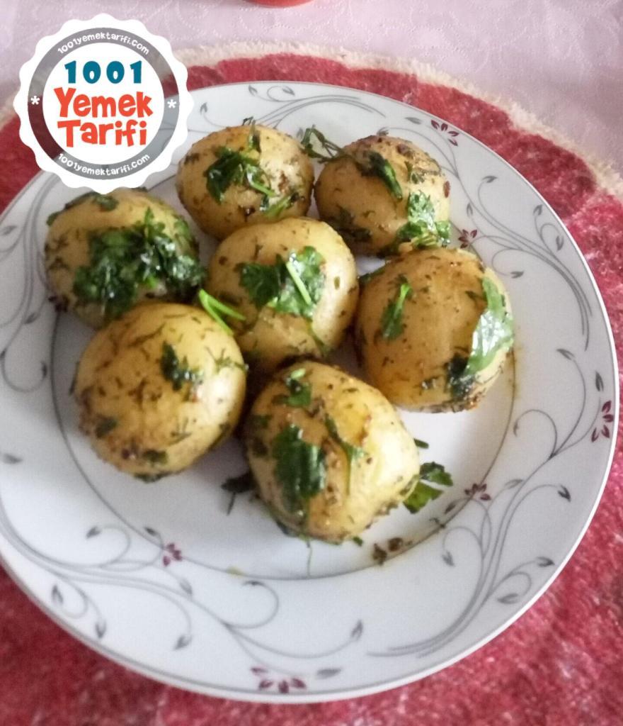 Tavada Tereyağlı Patates