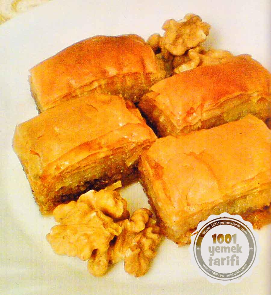 Nefis Baklava Tarifi-Cevizli Baklava Hamuru Nasil Yapilir-kac kalori ve besin degeri-resimli tarifleri-1001yemektarifi