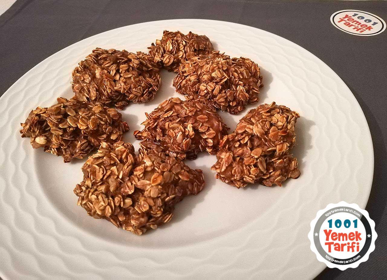yulaflı muzlu kurabiye tarifi-diyet kurabiye kaç kalori-protein tozlu fit şekersiz unsuz kurabiye