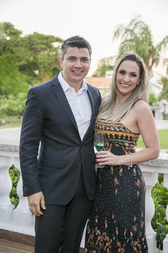 Alexander Borges e Adriana Grzebieluckas