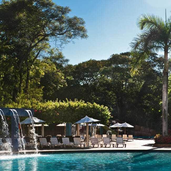 Piscina-Bourbon-Cataratas-Resort