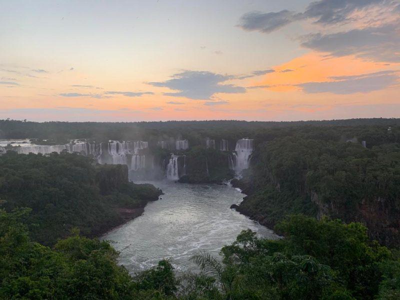 Cataratas do Iguaçu ao entardecer