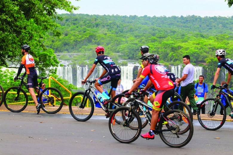 Ciclismo nas Cataratas do Iguaçu