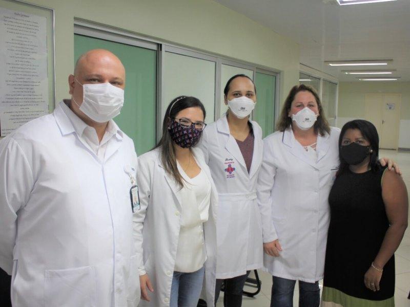 profissionais-saúde-foz-vacina-covid-19-foz