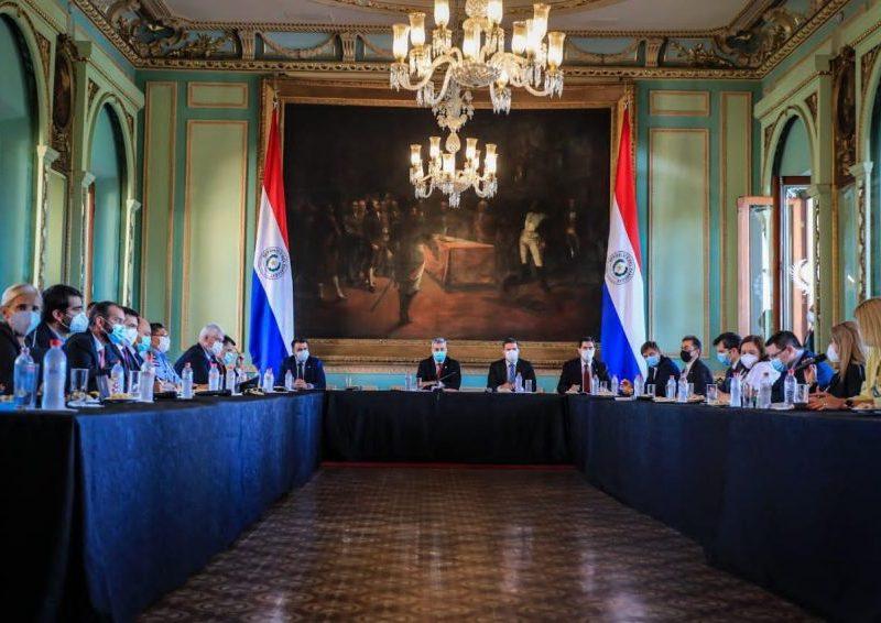 Reunião dos ministros paraguaios com o presidente da república do Paraguai, Mario Abdo Benítez/Foto: Presidência PY.