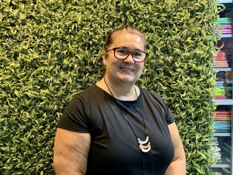Maria Justina secretária de educaçao de Foz