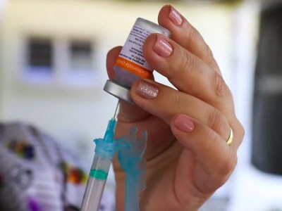 Foz: Hoje começa a vacinação nas pessoas com mais de 18 anos que possuem comorbidades