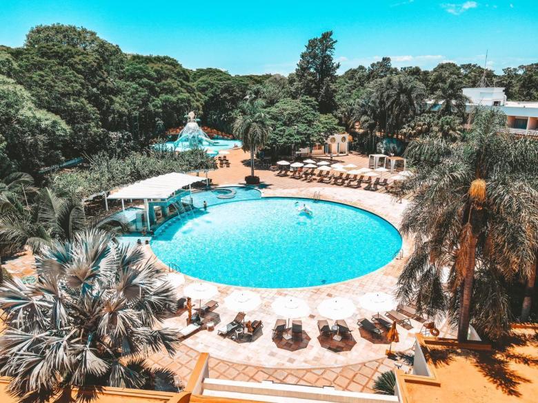 Piscina externa Bourbon Cataratas do Iguaçu Resort