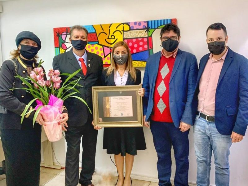 Entrega do Premio Mulher Destaque em Foz do Iguaçu 2021