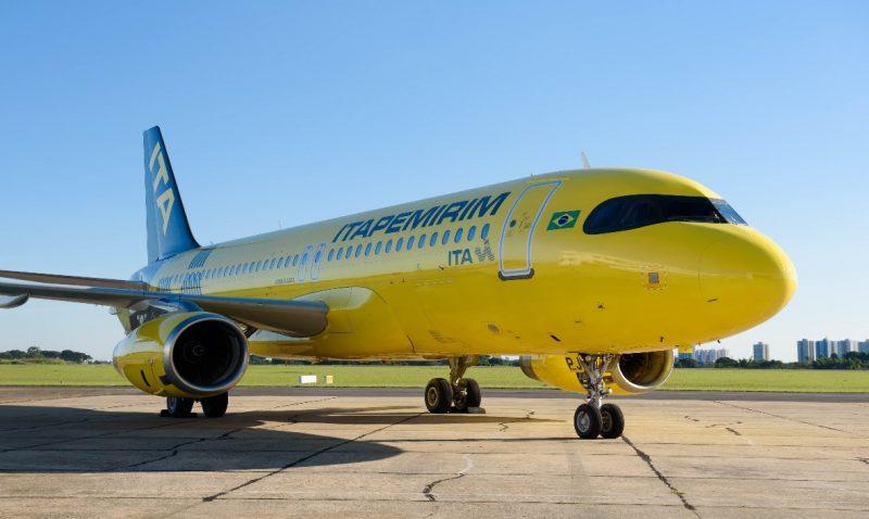 Companhia ITA avião