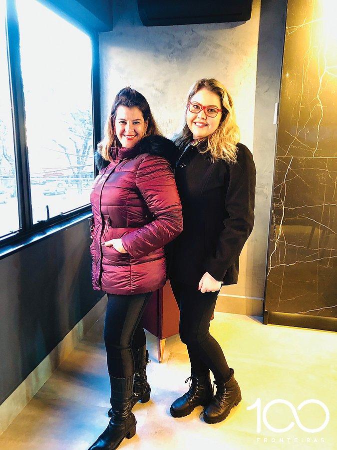 Empresária Beth Santos e Bruna Vedan