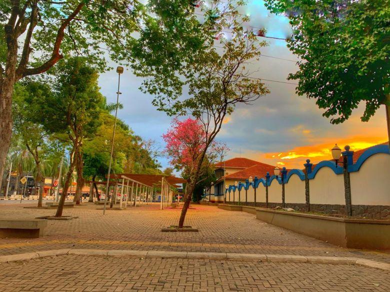 Praça no Mitre Foz do Iguaçu