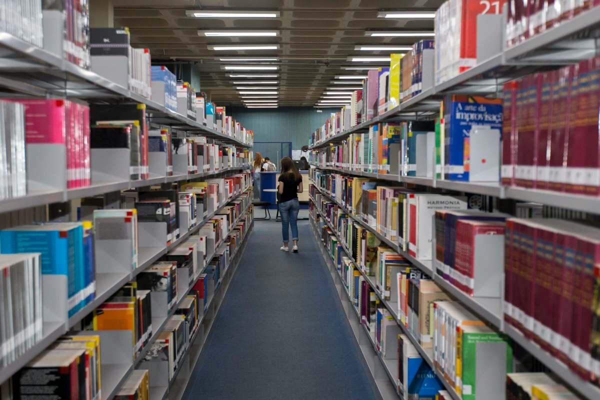 biblioteca-unila-foz