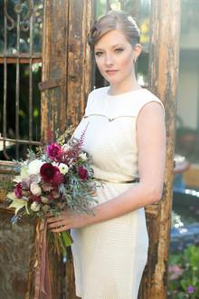 Noiva vintage inspirado com ameixa bouquet