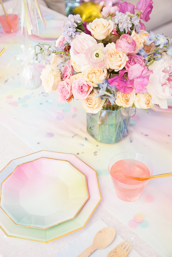 Irredescence wedding table setting & sorbet wedding color themes