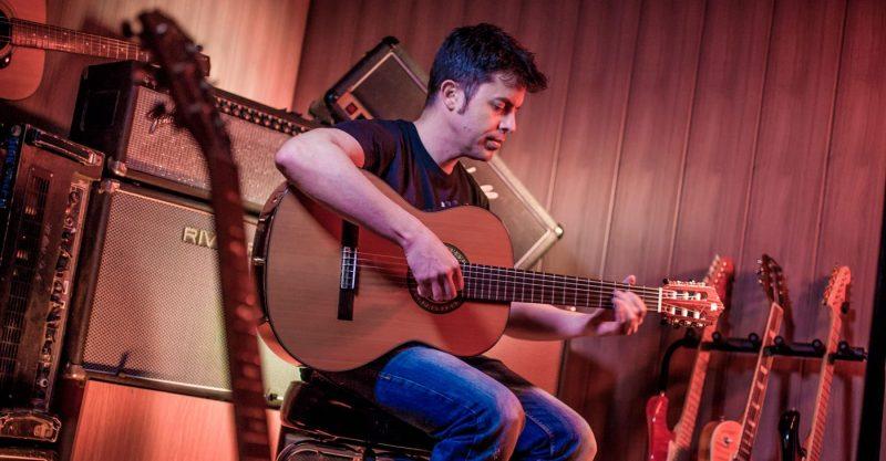 ▷ Cómo aprender a tocar la guitarra【GUÍA BÁSICA】