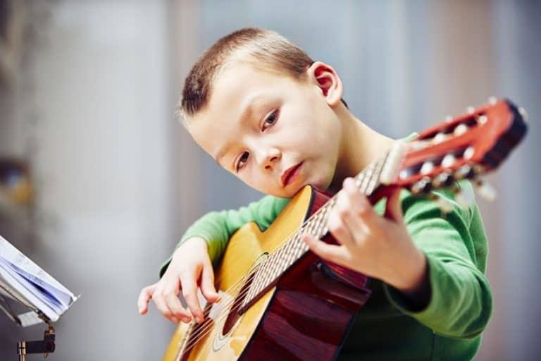 ▷ GUITARAS Ideales para NIÑOS -【3 Opciones a escoger】