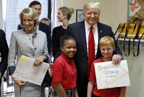 trump-school-visit