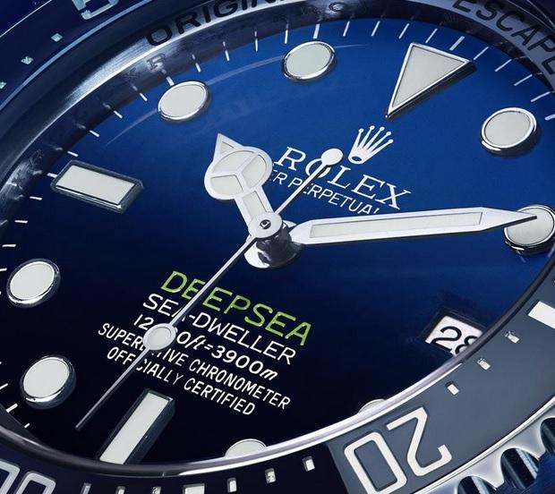 Rolex-Deepsea-D-Blue-gradient-dial