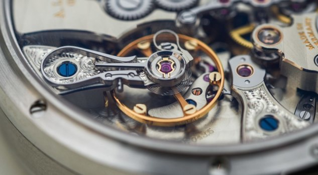 4fe3a_A-Lange-Sohne-Zeitwerk-Minute-Repeater-aBlogtoWatch-2[1]