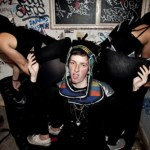 TOTALLY ENORMOUS EXTINCT DINOSAURS ANNOUNCE SUMMER HEADLINE SHOWS WITH SPECIAL GUESTS CITY CALM DOWN