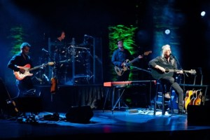 LIVE: ARLO GUTHRIE – April 30, 2015 (West Bloomfield, MI)