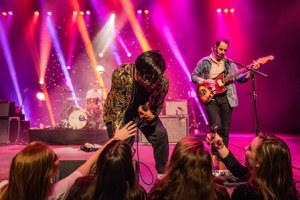 LIVE: YOUNG THE GIANT – November 1, 2015 (Knoxville, TN)