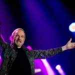 NEIL DIAMOND'S 50TH ANNIVERSARY TOUR COMING TO AUSTRALIA