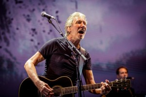 LIVE: ROGER WATERS – Perth, 20 Feb 2018