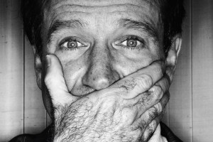 BOOK REVIEW: Robin – The Definitive Biography of Robin Williams by Dave Itzkoff