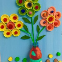 Цветы из пластиковых крышек