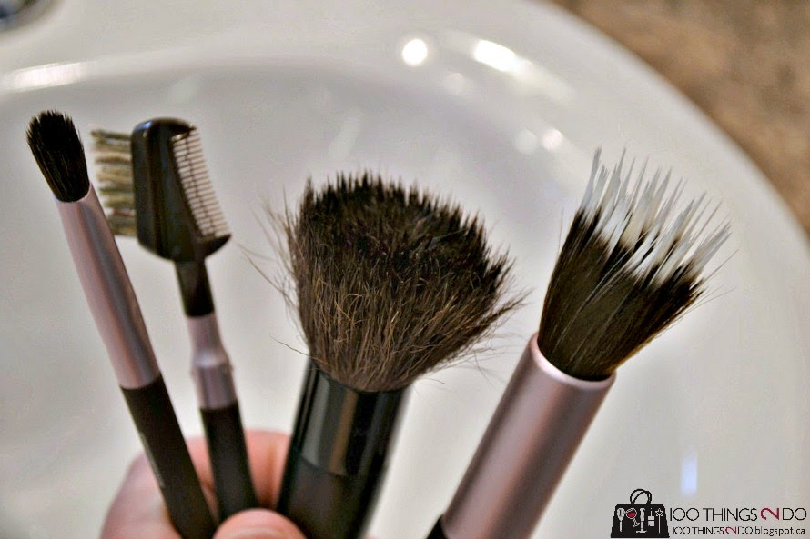 cleaning your makeup brushes, cleaning makeup brushes, how to clean makeup brushes