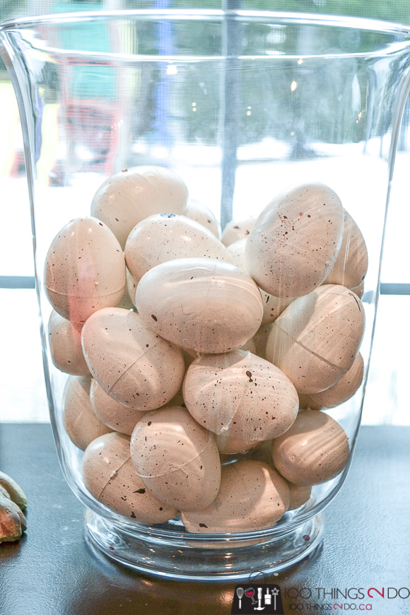 Painted plastic eggs, realistic looking plastic eggs, speckled eggs, Spring decor