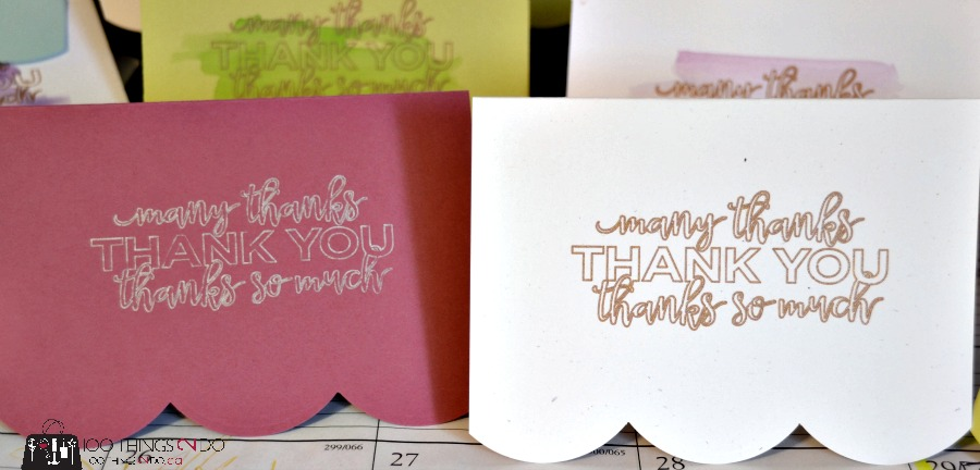 Use your Silhouette Cameo to make cards that you can give as Christmas gifts!