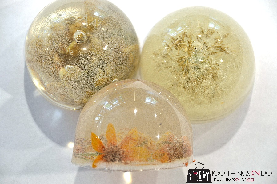 Dandelion paperweight, epoxy paperweight, resin dandelion, resin crafts