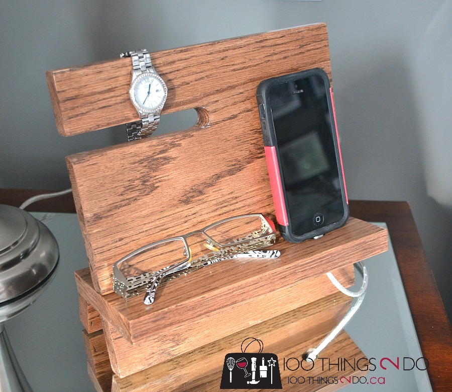 DIY wood iPhone stand, wood iPhone stand, wood iPhone dock, iPhone valet, nightstand valet, iPad valet