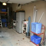 Garage shelving, easy garage shelves, garage organization ,organizing the garage, garage shelf