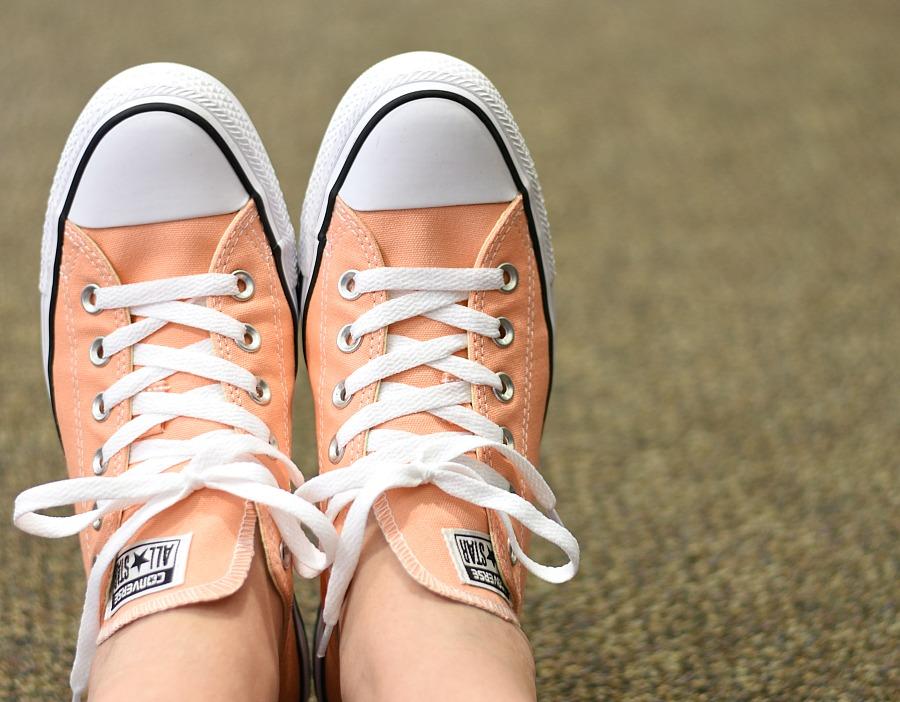 Converse, Cons, peach converse, chuck taylors